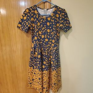 LuLaRoe Amelia dress size xs
